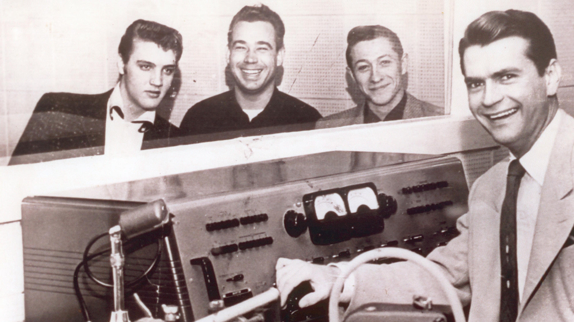 Elvis Presley with Scotty Moore* Scotty·& Bill Black * Bill - Mystery Train / I Forgot To Remember To Forget